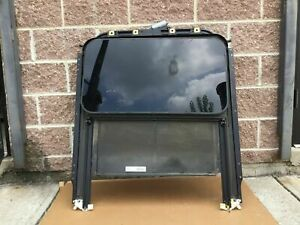 03-10 PORSCHE CAYENNE 1 PIECE SUN ROOF ASSEMBLY WITH MOTOR OEM R # P