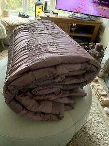 Laura Ashley Quilt Throw Very Large Heather Colour Bnwot 254cm x 254cm