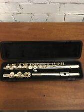 Yamaha 211 Plaqué Argent Flûte, bon état avec étui rigide