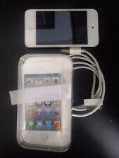 Apple iPod Touch 4th Generation 32GB - White Good Condition