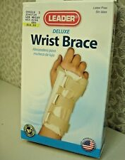 Leader Deluxe Wrist Brace, Right, SM/MD  1ct