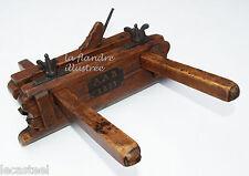 superbe rabot bouvet  hollandais daté 1851 - outils anciens