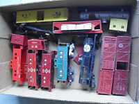 Lot of Vintage American Flyer S Scale Cars and Shells LOOK