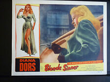 1956 BLONDE SINNER - SEXY DIANA DORS WITH A GUN LOBBY CARD - NOIR EXPLOITATION