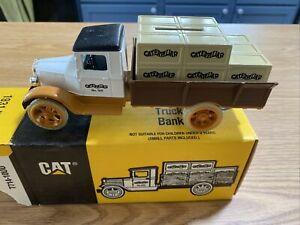 Ertl Caterpillar 1931 Hawkeye Truck Bank #7714 Die Cast Collector Vehicle