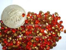 36 x Swarovski 13ss / 26pp Hyacinth gold-foiled #1100 chatons