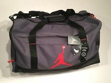 Nike Jordan 9A1913-G1A Duffle GYM Bag WET/DRY POCKET WATER RESISTNT Grey Medium