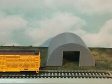 Medium QUONSET  Building - HO Scale - 1:87 Military or Farm Cluster - Built Up