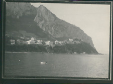 Italie, Naples, Maisons aux pieds des falaises, ca.1900, Vintage silver print Vi