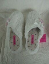 Betsey Johnson Slippers XL 11/12 White W/Pink Heart Fuzzy Faux Fur New