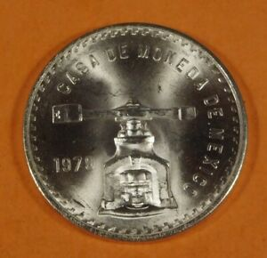 1979 Mexican Una Onza Balance Scale • 1 oz Silver Coin!  Hard To Find