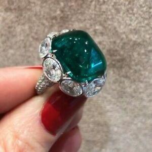Vintage Style Cocktail Ring Green Sugarloaf Oval Bezel set 925 Sterling Silver