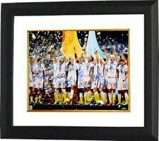 0550505de 2015 World Cup Champions Team Signed 16x20 photo Framed (9-sigs) CARLI LLOYD