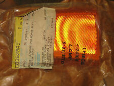 NOS Mopar 1981-84 Plymouth Reliant Dodge Aries right sidemarker lens assembly