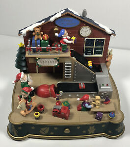 Vintage Avon Santa's Toy Factory Musical Mechanical Christmas Scene Tested & Wor