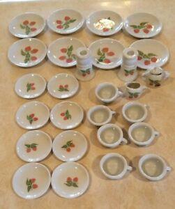 Frenzy Toys Ceramic Tea Set -Strawberries