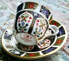 "Royal Crown Derby inglés Bone China ""Imari Evening Star"" Copa Y PLATILLO"