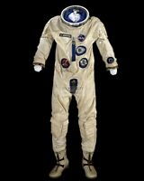 ASTRONAUT GUS GRISSOM G3-C SPACESUIT WORN ON GEMINI 3 - 8X10 NASA PHOTO (ZZ-562)