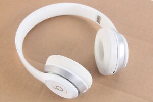 Beats By Dr. Dre B0534 Solo 2 Wireless On-Ear Headphones White No Cable Included