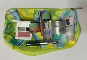 Clinique 8 Pc Makeup & Skin Care Gift Set