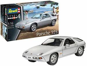 REVELL 1/16 PORSCHE 928 SPORTS CAR | 7656
