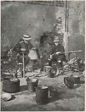 D1504 Piemonte - Magnin lavorano il rame - Stampa antica - 1928 old print
