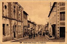 CPA Couhe-Verac - La Grande Rue (365615)