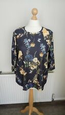 ladies blue floral top from BonMarche size 20 NEW
