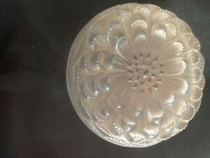 boîte poudrier en cristal signé Rene Lalique Dahlia 1931