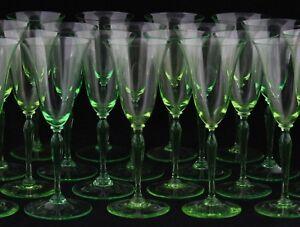 20x art deco White Wine Glass by A. Copier, Leerdam - Romanda Annagroen, Uranium