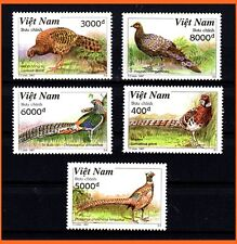 Vietnam - Colorful Birds/ Pets/ Nature/ Wild/ Song Birds/ 767 MNH