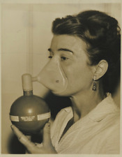 Lady with oxygen mask  Vintage silver print Tirage argentique  20x25  Circ
