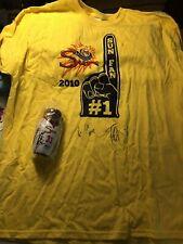Autographed 2010 Connecticut Sun Wnba t-shirt Charles & Gardin with Doll