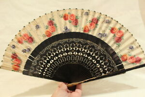 Antique Chinese Fan Black Wood Golden and Hand Painted Flower Cloth