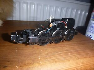 Hornby powered chassis with running gear made in china spare/repair