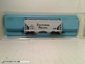 """ATLAS #3909 """"SOUTHERN PACIFIC"""" 2-BAY CENTERFLOW HOPPER USED EXCELLENT N SCALE"""