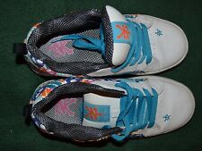 ZOO YORK pair of athletic tennis gym shoes Women's size 6.5 colorful skulls