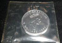 1993 1oz .9999 pure Canadian Silver Maple Leaf Elizabeth II 5 Dollar coin sealed