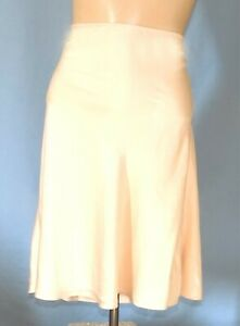 Absolutely Gorgeous Nordstrom 23-Inch Pure Silk Nude Half Slip Size Medium/Large