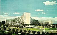 Vintage Postcard - The Washington Hilton Washington DC Unposted  #1688