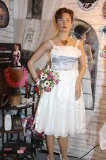 superbe  robe de soirèe  satin brodè  2 jupons   cèrèmonie etc  T 34   ref 2743