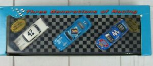 Hot Wheels Collectibles 1997 NASCAR The Petty Racing Family 3-Car Set #19021 New