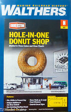 """Walthers N #933-3835 Hole-In-One Donut Shop -- Kit - 2-7/8 x 1-1/2 x 2-7/8"""""""