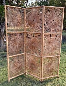 1970s Vintage Boho Chic Mid Century Wicker Sunburst 3 Panel Room Divider Screen