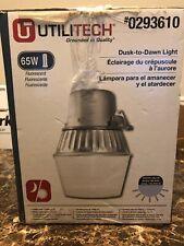 Utilitech Aluminum Fluorescent Dusk-To-Dawn Outdoor Security Light Sensor
