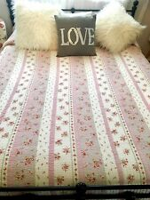 Beautiful Vintage Shabby king Bedspread Roses Morgan and Finch Reversible