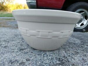 """Longaberger Pottery Woven Large Mixing Bowl approximately12 """" Round excellent"""
