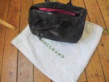 sac à main LONGCHAMP toile et cuir verni avec dust bag, monogrammé, TBE