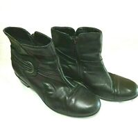 CLARKS Boots Womens Black Leather Side Zip Ankle 7.5 M preowned