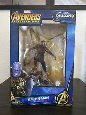 Selezionare Marvel Galleria Diamond ferro Spiderman Statua